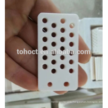 95---99.9%Al2O3 alumina white color ceramic plate with holes