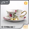 Hochwertige elegante Keramik-Set Kaffeetasse und Untertasse