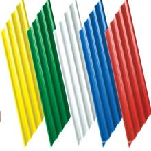 Diferentes tipos de telhas de cor do cimento