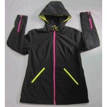 Yj-1072 Damen Schwarze Fleece Wasserdichte Breathable Softshell Jacke mit Kapuze Frauen