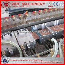 Madeira de plástico wpc decking / vedação / painel de parede máquina de fabricação wpc máquina