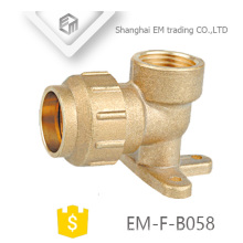 EM-F-B058 Brass Spain Pex Fitting with Drop Ear 90 Elbow compression pipe