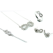 Newest Design for Woman 925 Silver Jewelry Sets (S3316)