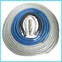 Amarre pour navire utilisant haute résistance & poids léger fil