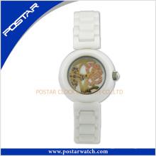 2016 neueste beliebte Damenmode Keramik Uhr mit Saphirglas