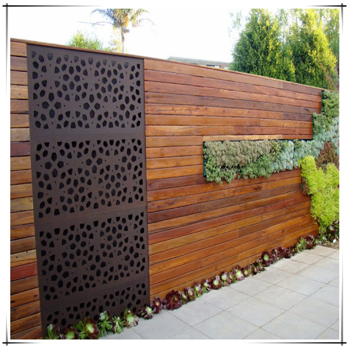 Garden Wall Screen