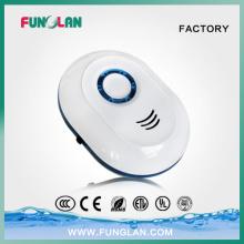 Enchufe el mini generador del aire del purificador del aire para el tocador