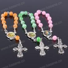 Handgemachtes Jesus-Grün-Rosenkranz-Armband mit verschiedenen Bildern