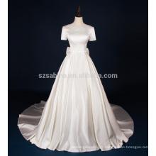 2017 satin brillant manches courtes robe de mariée à long train avec de vraies images