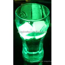 cubo de gelo flash colorido
