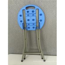 Cadeira dobrável plástica pequena
