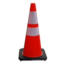 High Quality 28′′ Black Base PVC Roadway Safety Traffic Cones
