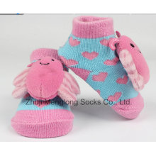 Dessin animé 3D tête ruban décoré Baby chaussettes en coton avec pied forme emballé dans une boîte
