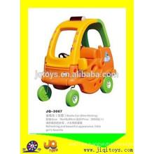 2016 Paseo plástico de los niños en coche de juguete