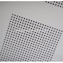 Tableros de yeso Paneles perforados de tamaño estándar Baldosas acústicas de techo