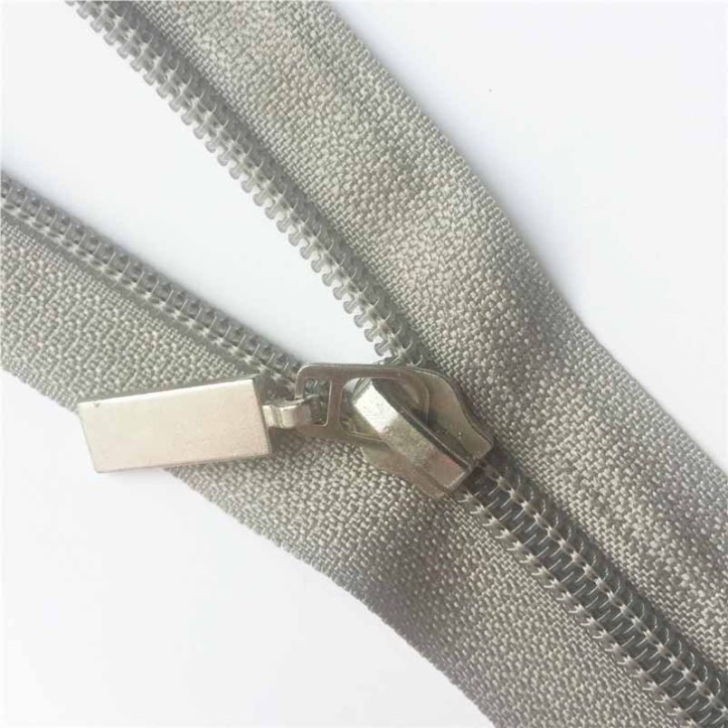 Strong zippers for clothing