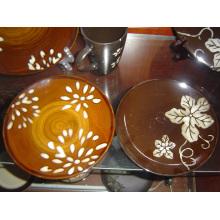 Ensemble de vaisselle peint à la main en céramique