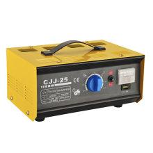 Cargador de batería para el coche 6V / 12 / 24V