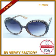 F15923 Новая мода пластиковые женщин солнцезащитные очки