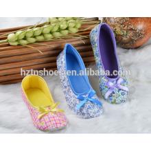 Floral deslizador andar de couro fechado dedo do pé botas de bailarina interior sapatos mulheres