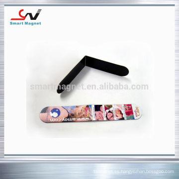 Imanes de nevera personalizados cubiertos con papel o PVC
