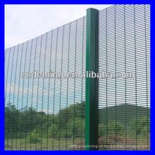 DM quente mergulhado galvanizado / revestido de PVC / PE revestido cerca de segurança alta / 358 cercas de segurança (fabricante / fornecedor ISO / Golden)