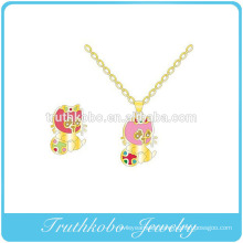 High quality colorful enamel Lucky cat pendants with stainless steel fashion new products design for child