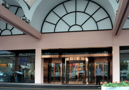 Two-wing Revolving Doors for Restaurant Use