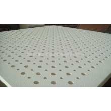Baldosas acústicas perforadas del tamaño estándar del tablero de yeso