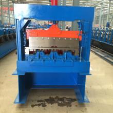 Hebei Operator metal deck roll forming machine