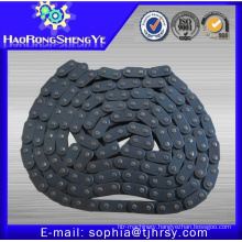 Short pitch 06B roller chain with connecting link