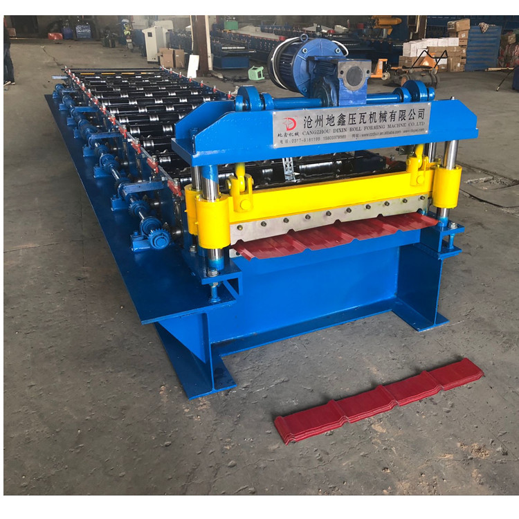 Trapezoid Steel Rolling Machine