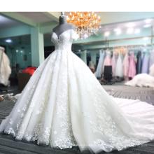 2018 Brautkleider pakistanische Brautkleider Kristall Perlen mit langen Zug