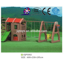 2016 Kid cheap plastic outdoor playhouse with swing sets