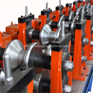Dua gelombang W Beam Highway Guardrails Roll Forming Machine