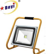 Luz de trabajo recargable de alta potencia de 50W LED con serie M