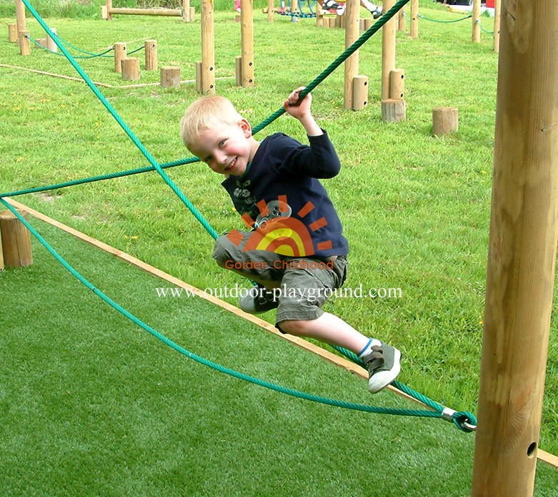 Crossed Rope Balance Playground For Kids
