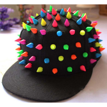 Moda hermoso colorido caramelo gorra hip-hop Punk Snapback Cap remache ala plana