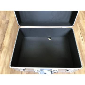 Caja de aluminio con inserto de espuma recortada / esponja para instrumentos
