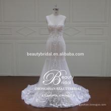 Nueva sirena del diseño formó el vestido nupcial de los adornos, el v-cuello y el vestido de boda trasero del corazón ZSS001