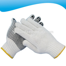 Um lado pontilhado branco branqueado malhas de algodão luvas de trabalho