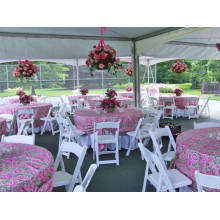 Cadeiras de dobramento ao ar livre do casamento do jardim para o partido do evento