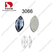 La parte posterior plana decorativa cose en el diamante artificial para los accesorios de la joyería