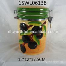 Jarra de cerámica de almacenamiento con diseño de oliva para la cocina
