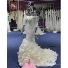 Elegante vestido de novia del hombro con volantes
