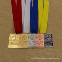 Médaille triathlon de prix de métal personnalisé pour le concours de triathlon