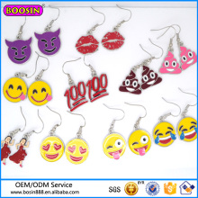 Boucles d'oreilles en gros rouge lèvres usine de Guangzhou, boucle d'oreille thème Emoji