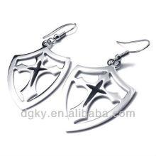 Venda Por Atacado Cross Shield Dangling Hoop Earring