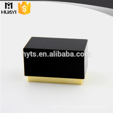 bouchon de parfum en plastique rectangle