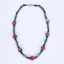 Nouveau collier coloré teinté Agate